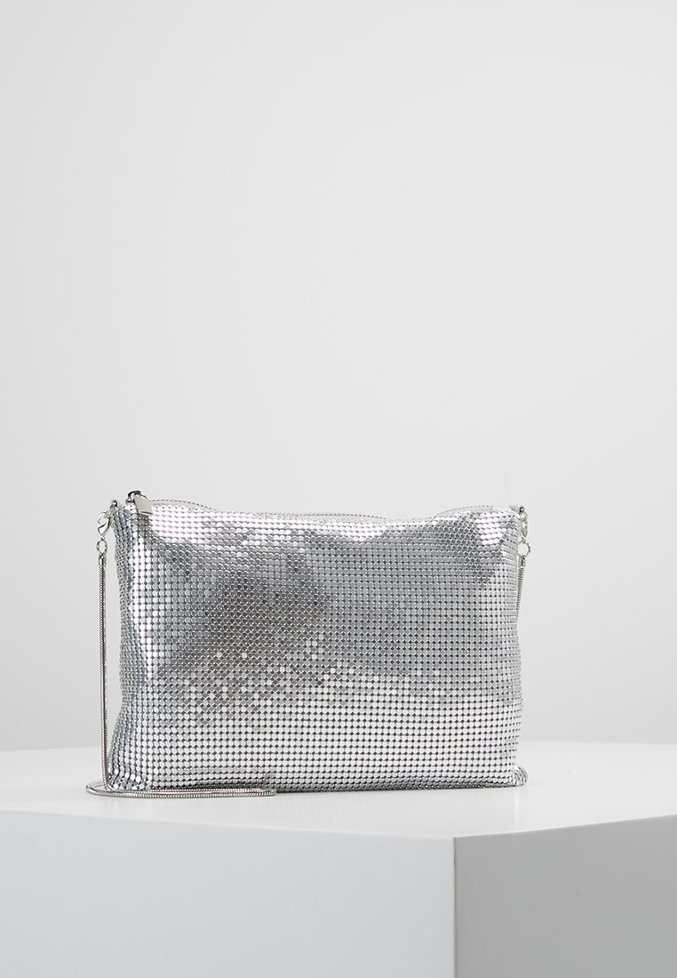 Gina Tricot - LAURA BAG - Clutch - silver