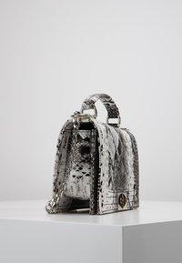 Gina Tricot - MIA BAG - Handtasche - white - 3