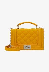 Gina Tricot - MIA BAG - Handtasche - mustard - 5