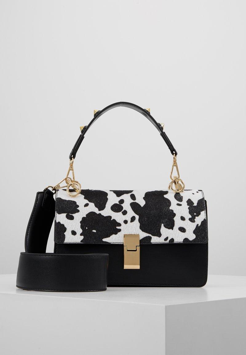 Gina Tricot - JONNA BAG - Handtasche - black/white