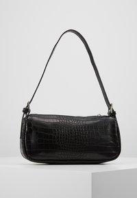 Gina Tricot - AMELIE BAG - Bolso de mano - black/silver - 3