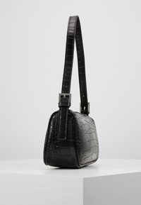 Gina Tricot - AMELIE BAG - Bolso de mano - black/silver - 4