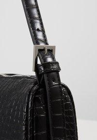 Gina Tricot - AMELIE BAG - Bolso de mano - black/silver - 2