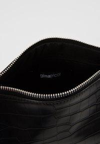 Gina Tricot - AMELIE BAG - Bolso de mano - black/silver - 5