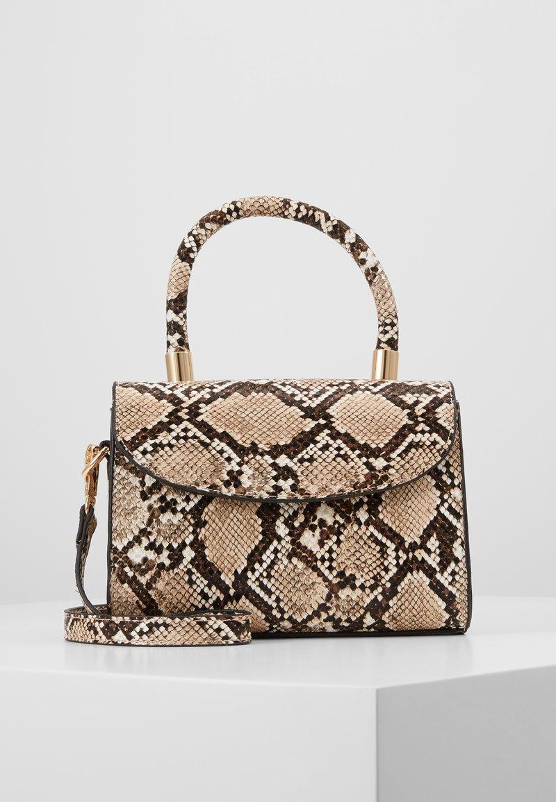 Gina Tricot - MAYA MINI BAG - Käsilaukku - beige