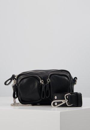 CONNIE MINI BAG - Håndtasker - black/silver