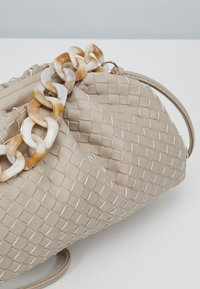 Gina Tricot - ALARA BAG - Handbag - beige - 2