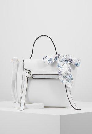 RONJA BAG - Sac bandoulière - off white
