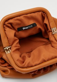 Gina Tricot - SERENA BAG - Sac bandoulière - brown