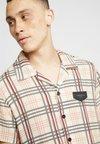 Gianni Kavanagh - BRITISH TARTAN HAWAII - Shirt - beige