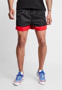 Gianni Kavanagh - Shorts - black/white - 2