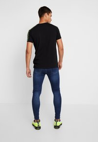 Gianni Kavanagh - RIPPED KNEES - Jeans Skinny - blue - 2