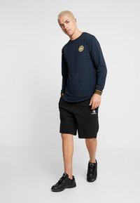 Gianni Kavanagh - NAVY GOLDEN CIRCLE LONG SLEEVE TEE - Pitkähihainen paita - navy - 1