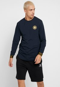 Gianni Kavanagh - NAVY GOLDEN CIRCLE LONG SLEEVE TEE - Pitkähihainen paita - navy - 4