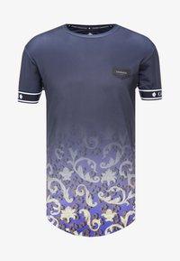 Gianni Kavanagh - FADE BAROQUE LEOPARD TEE - T-shirts med print - black - 4