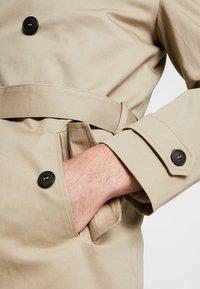 Gianni Lupo - Trenchcoat - beige - 7