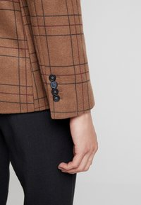 Gianni Lupo - CAPPOTTO - Manteau court - camel - 6