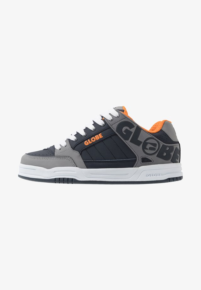 TILT - Skatesko - grey/navy/orange