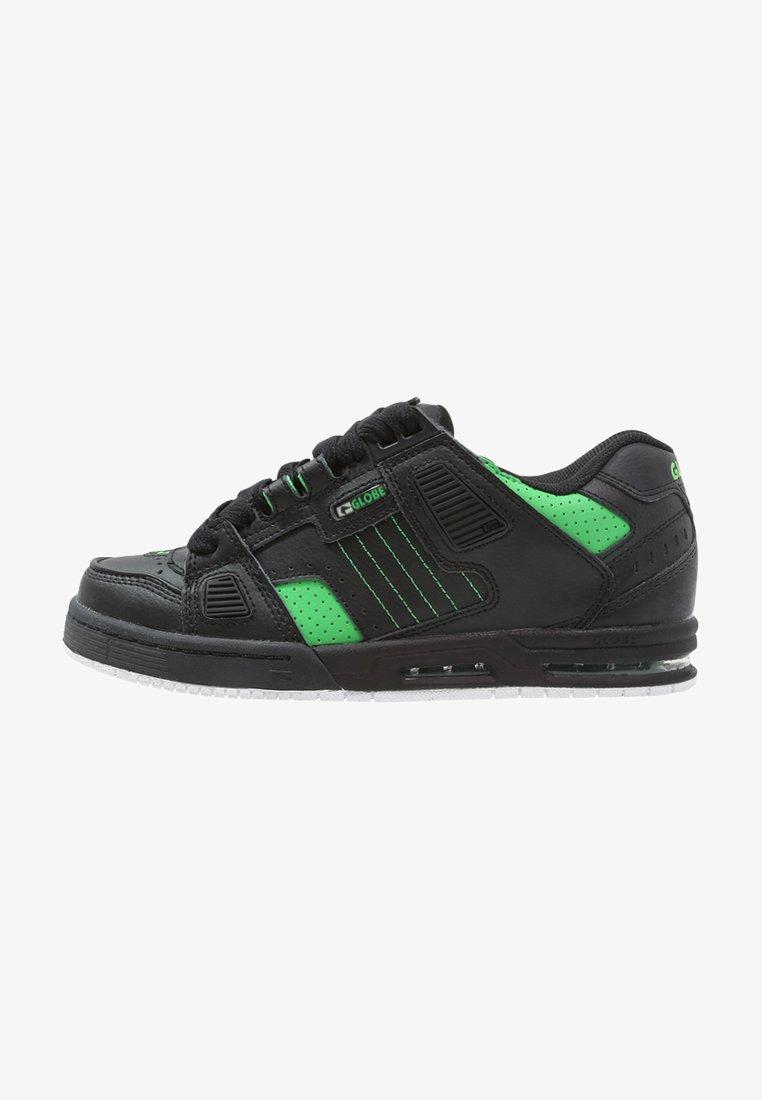 Globe - SABRE - Skate shoes - griffin black sapphire