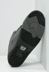 Globe - SABRE - Skateschoenen - charcoal/black - 4