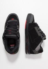 Globe - SABRE - Skate shoes - black/pebble - 1