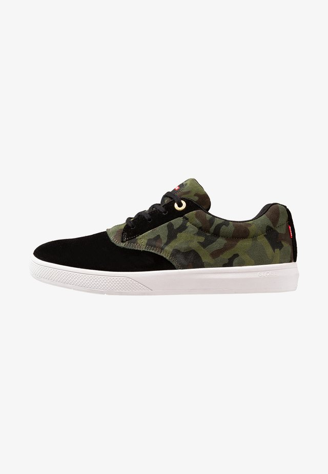 THE EAGLE  - Trainers - black/green