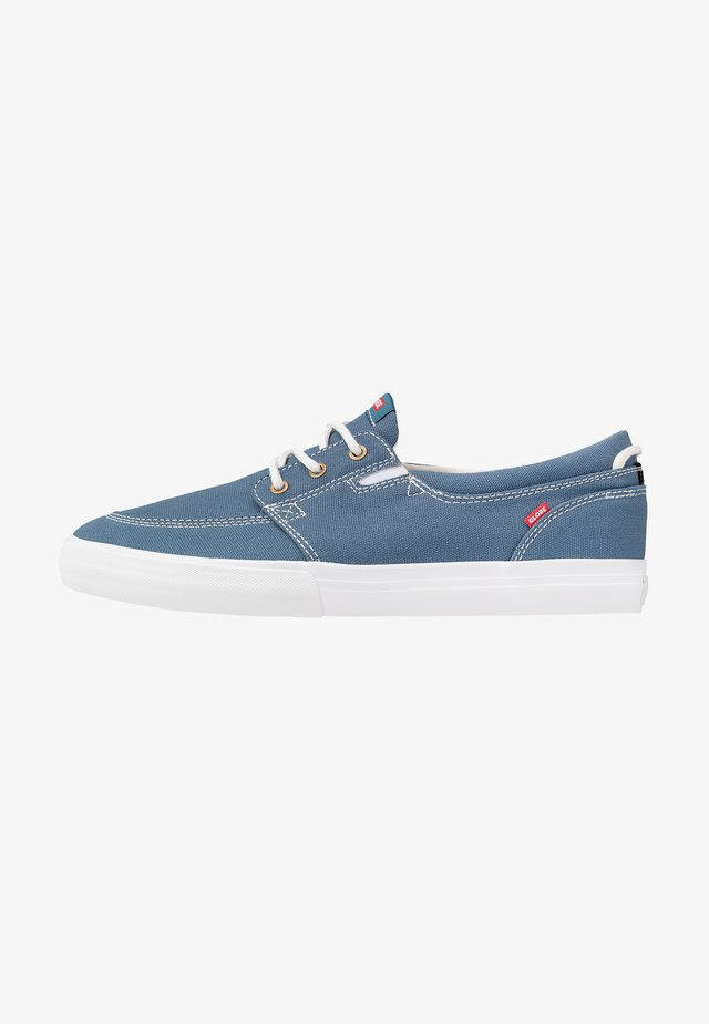 ATTIC - Sneaker low - bluestone/white