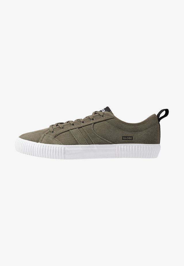 FILMORE - Sneakers - olive/white