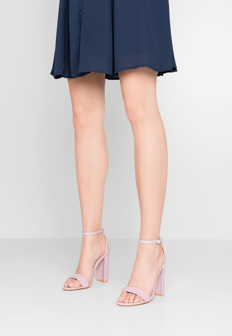 Glamorous - Højhælede sandaletter / Højhælede sandaler - lilac