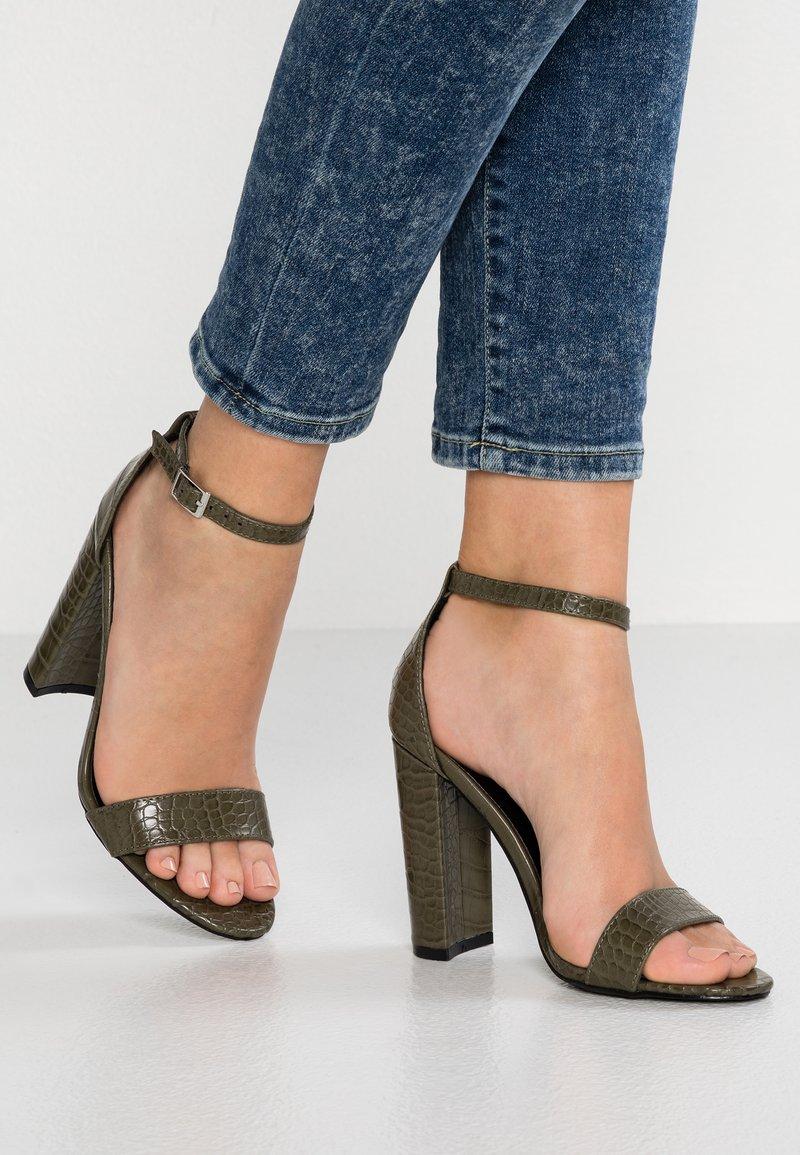 Glamorous - Højhælede sandaletter / Højhælede sandaler - olive