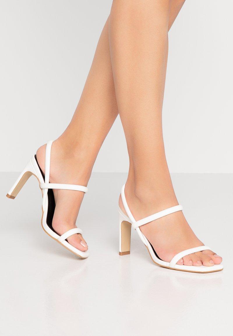 Glamorous - Sandales à talons hauts - white