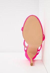 Glamorous - Sandaler med høye hæler - fuschia - 6