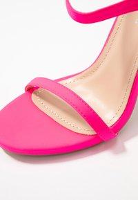Glamorous - Sandaler med høye hæler - fuschia - 2