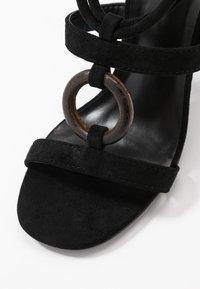 Glamorous - Sandales à talons hauts - black - 2