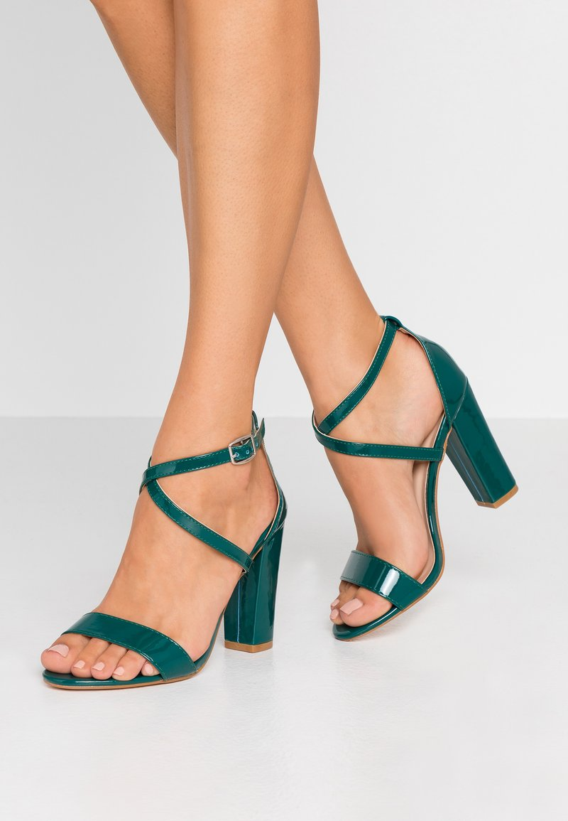 Glamorous - Sandály na vysokém podpatku - green