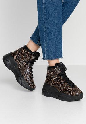 Sneakers high - brown