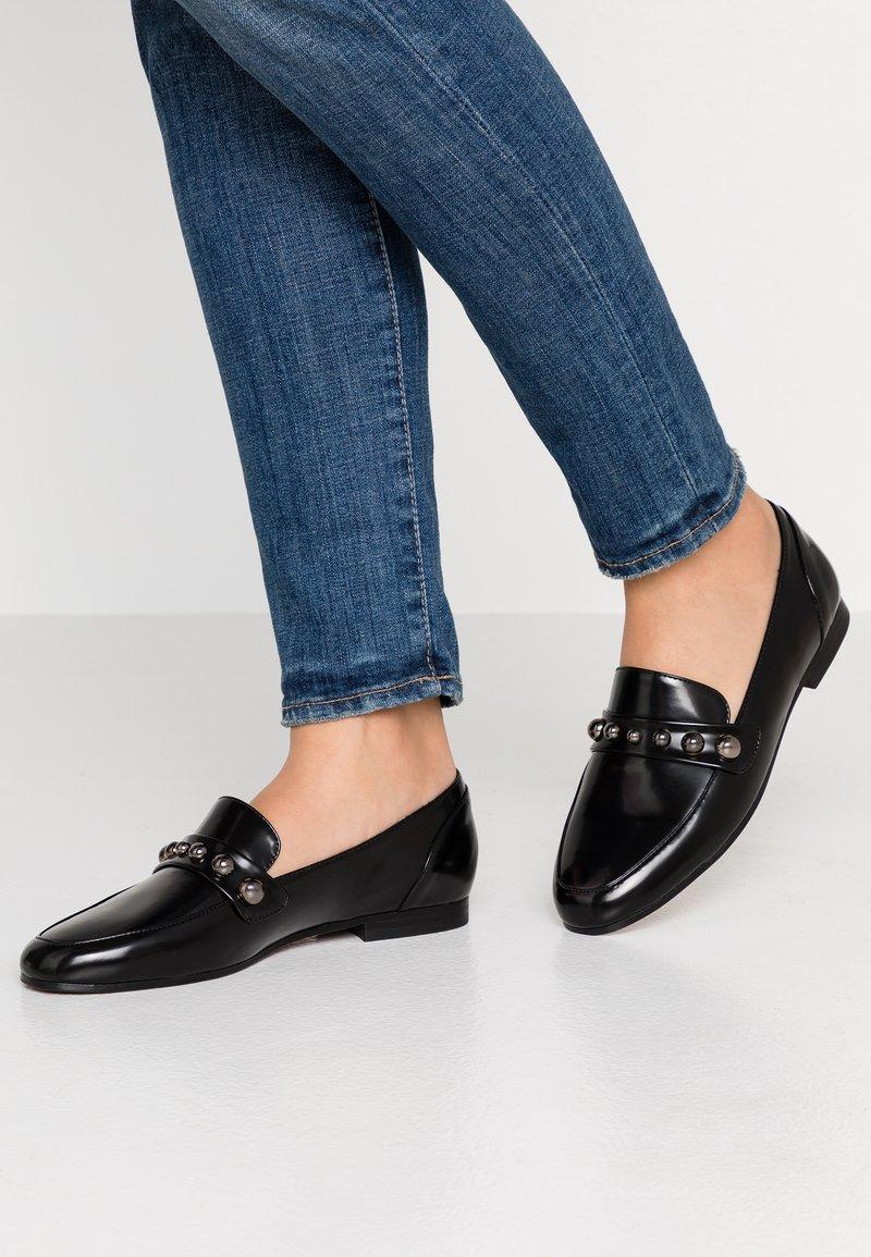 Glamorous - Slippers - black