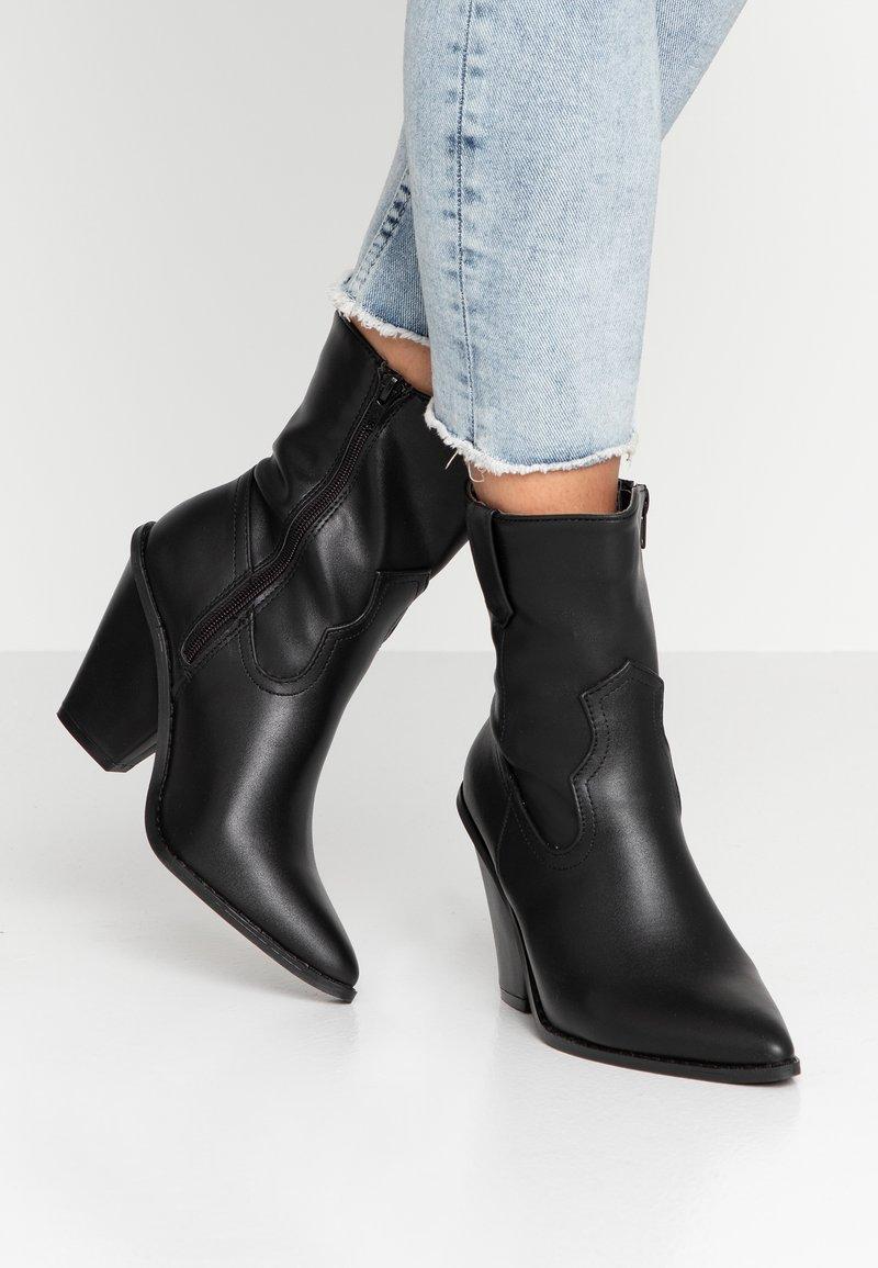 Glamorous - Ankelboots med høye hæler - black