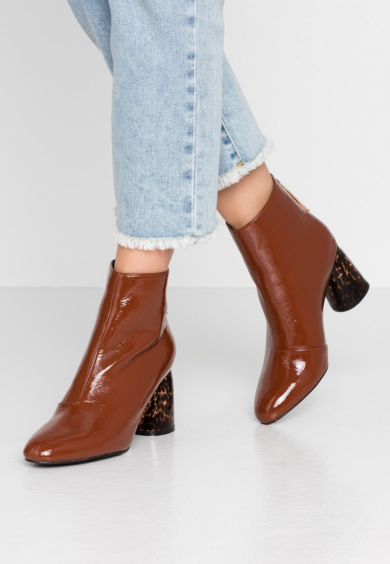 Glamorous - Ankle boots - brown