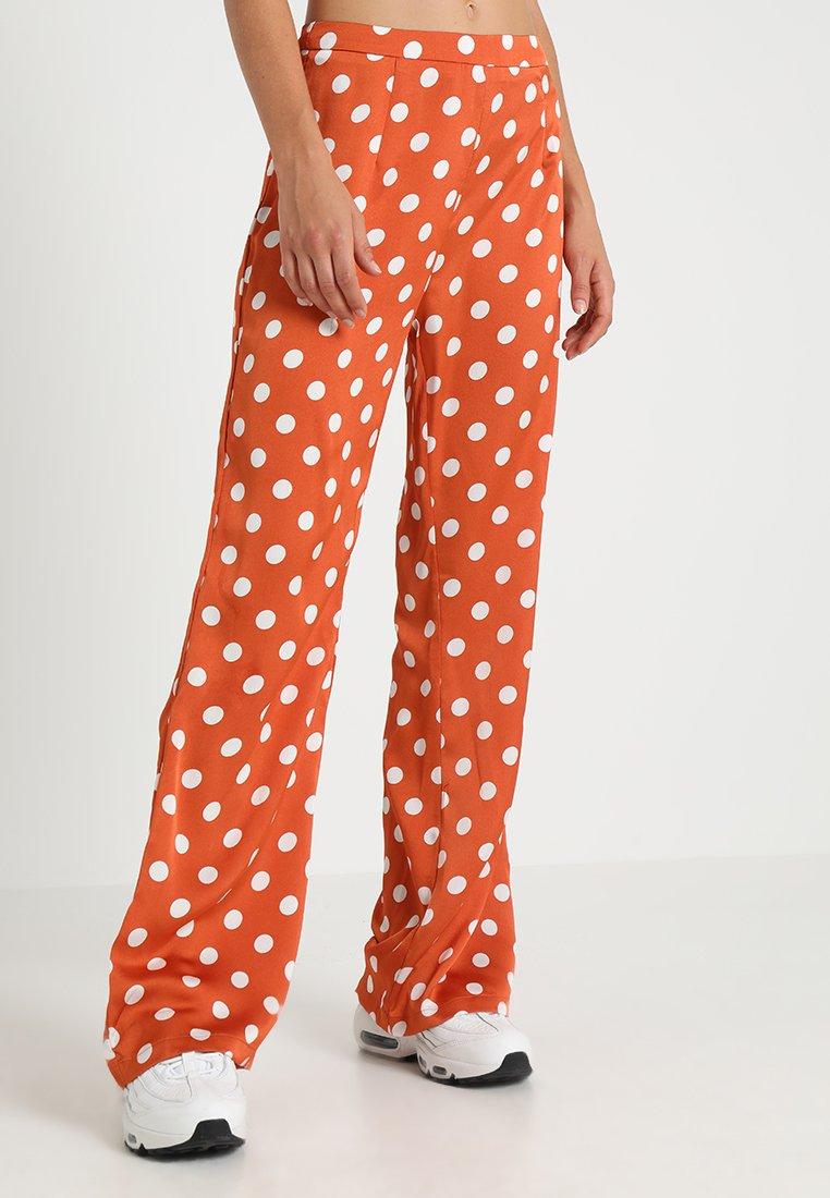 Glamorous - Pantalones - rust