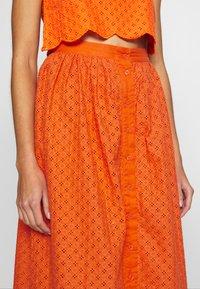 Glamorous - BRODERIE ANGLAIS MIDI SKIRT - A-line skirt - bright orange - 4