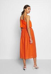 Glamorous - BRODERIE ANGLAIS MIDI SKIRT - A-line skirt - bright orange - 2