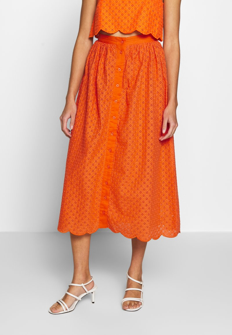 Glamorous - BRODERIE ANGLAIS MIDI SKIRT - Áčková sukně - bright orange