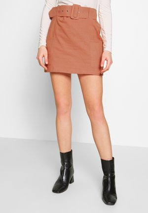 BELTED MINI SKIRT - A-Linien-Rock - apricot