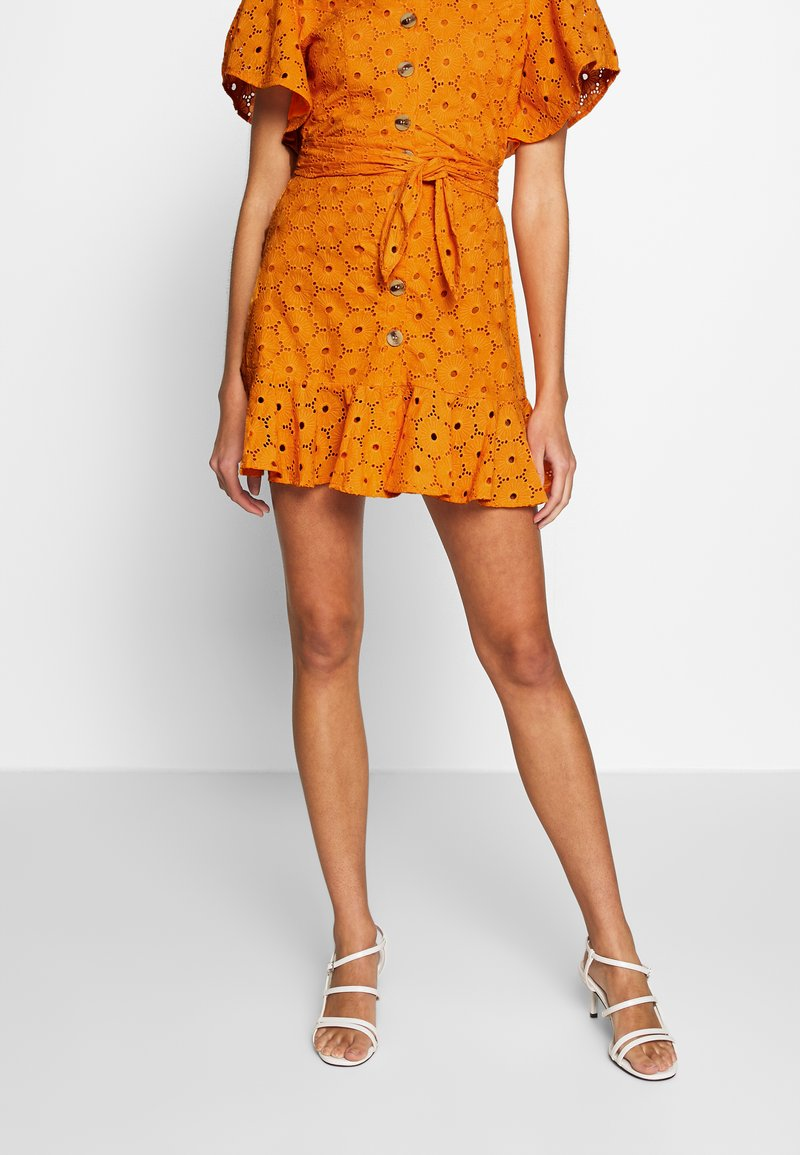 Glamorous - ANGLAIS MINI SKIRT - A-line skirt - bright orange