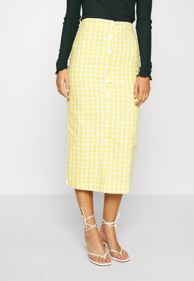 PALOMA GINGHAM BUTTON DOWN MIDI SKIRT - Pencil skirt - yellow