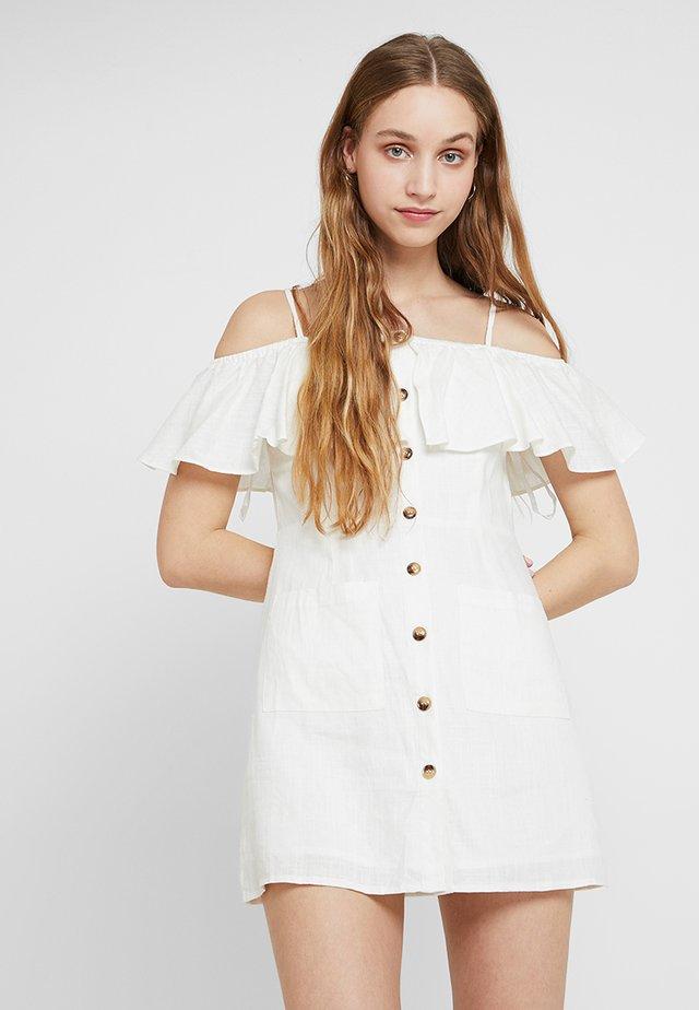 EXCLUSIVE SUMMER CAPSULE - Skjortklänning - white