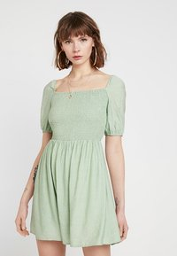 Glamorous - Korte jurk - sage green - 0
