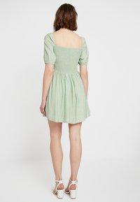 Glamorous - Korte jurk - sage green - 2
