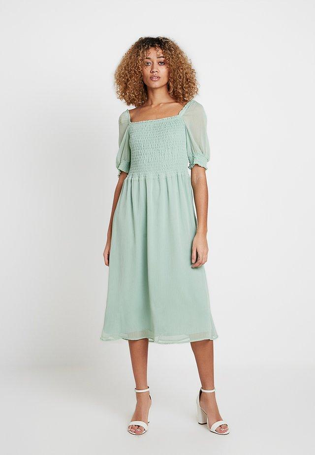 Košilové šaty - sage green